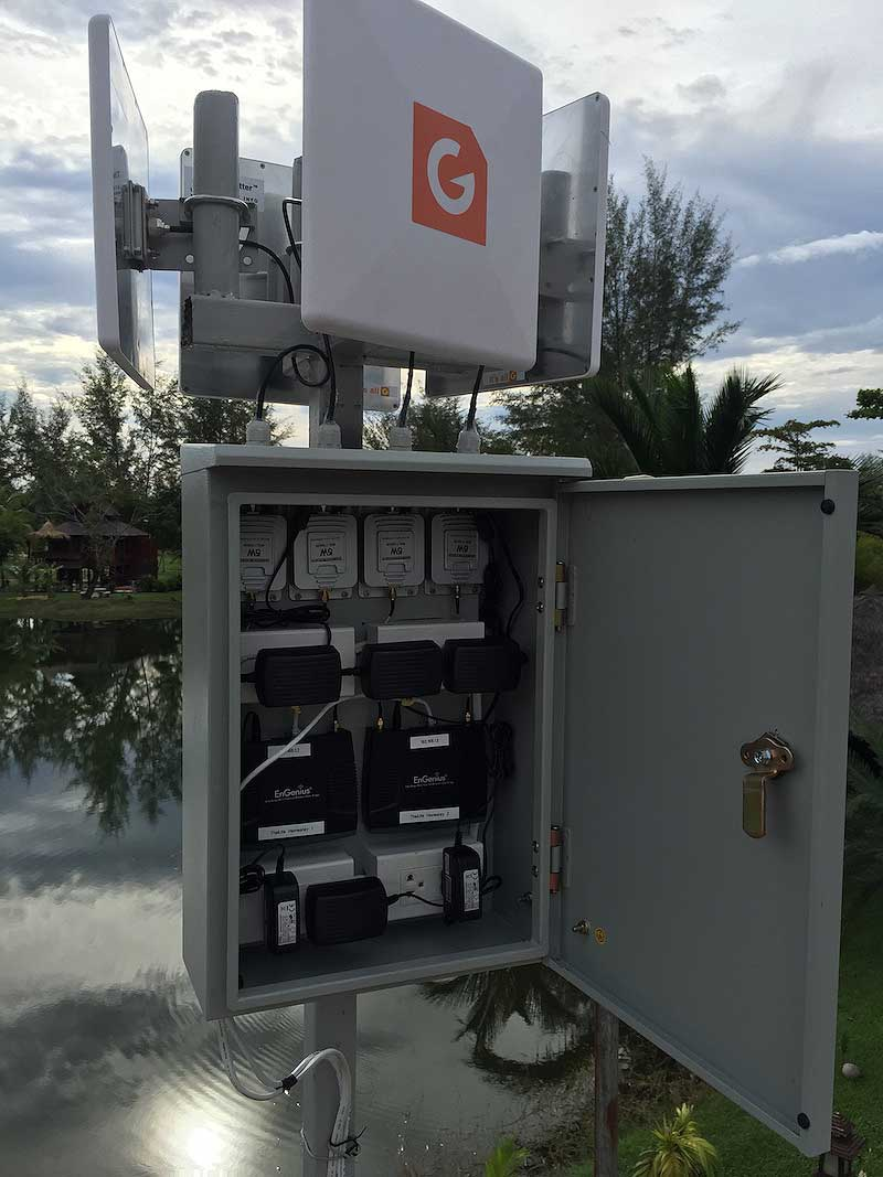 Thai Life Resort in Thailand set up 4 G Spotter Maxi Gain Wifi antennas to provide a large WiFi coverage